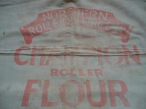 Rolled flour cloth bag